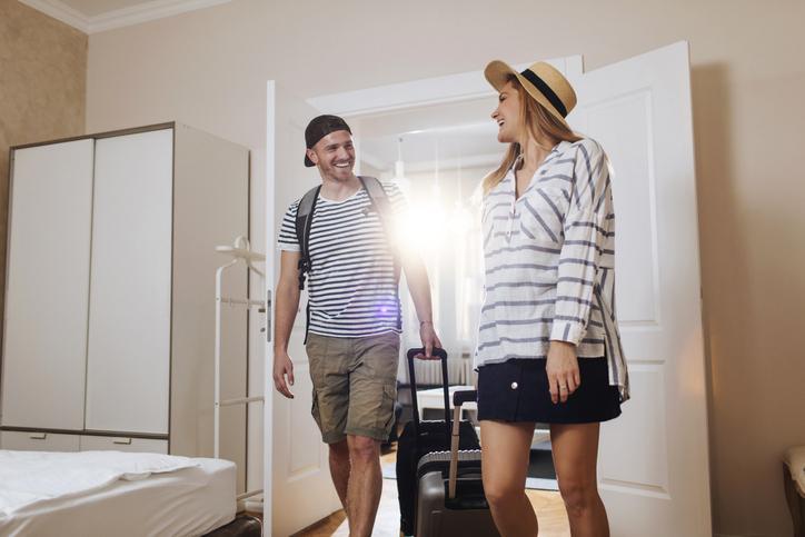 Emelkedtek az átlagos albérletdíjak: áprilisban a KSH-ingatlan.com lakbérindexe országosan és Budapesten is 1,3-1,3 százalékos növekedést mutatott az előző hónaphoz képest. Ugyanakkor éves összevetésben az országos lakbérindex szerint még mindig kevesebbet kell fizetni a kiadó lakásokért.